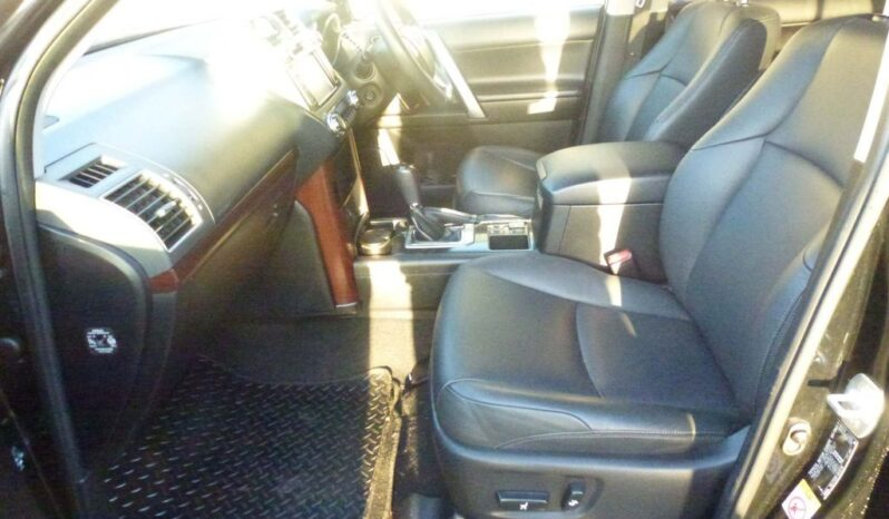 SOLD- Toyota Land Cruiser 3.0 D-4D Icon 5dr (7 Seats) full